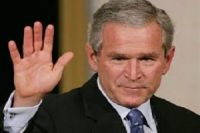 George W. Bush chiede un intervento in Siria e Iraq per sconfiggere l'Isis